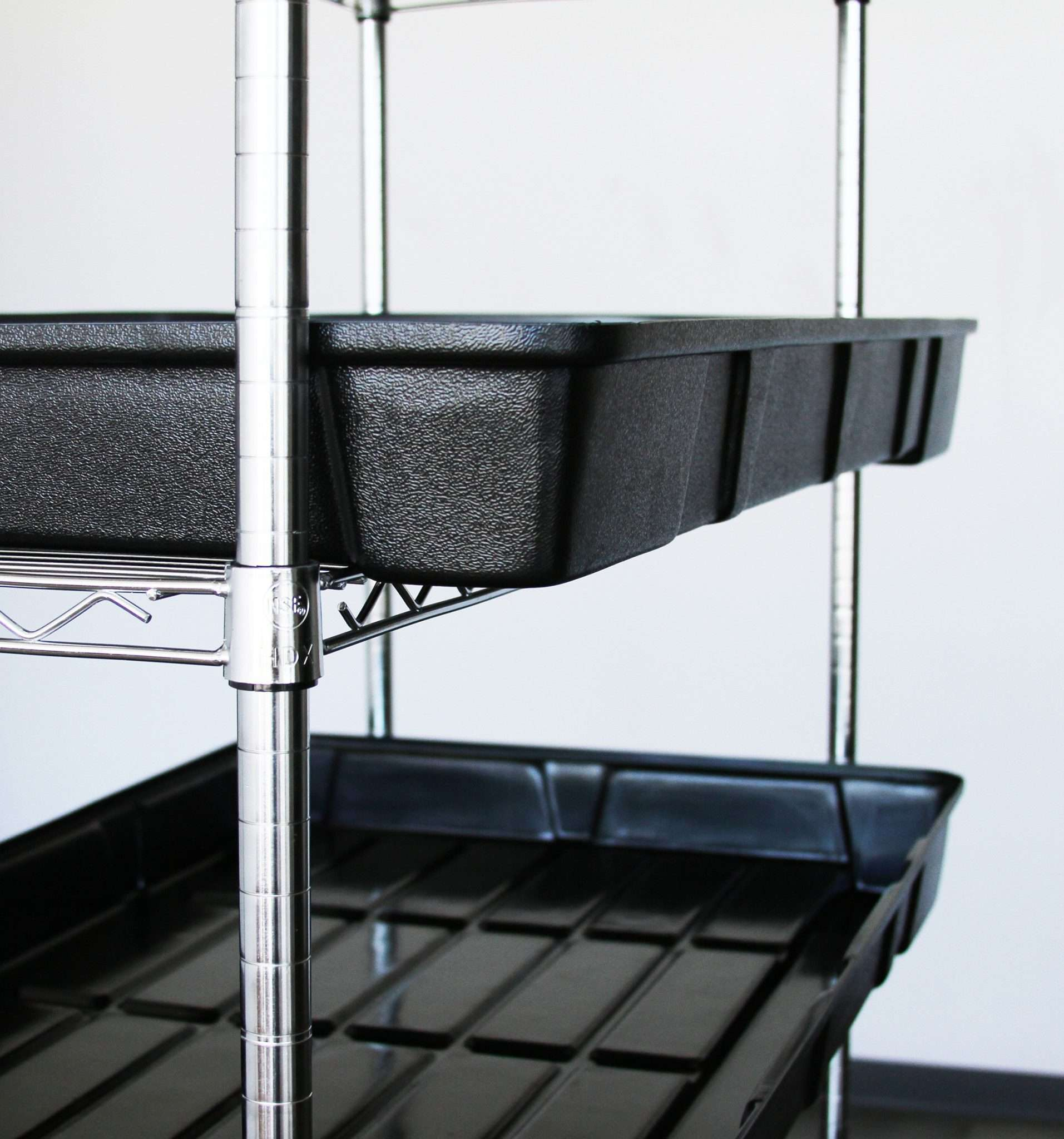 Water Tray on a rack